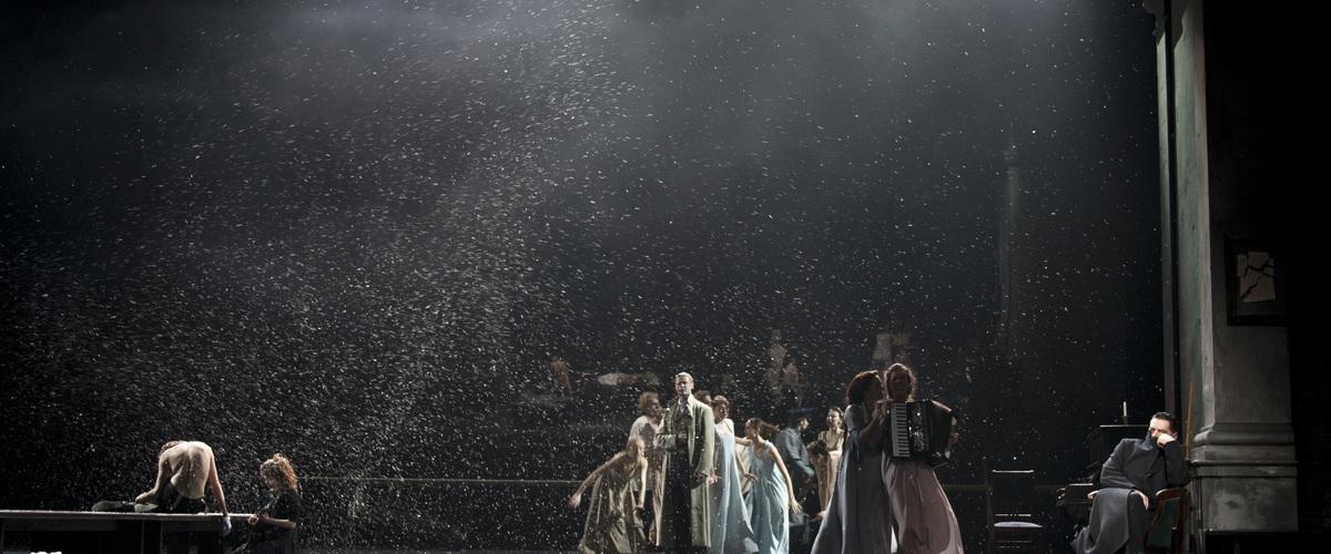 Eugène Onéguine Mise en scène Rimas Tuminas Théâtre Vakhtangov Moscou